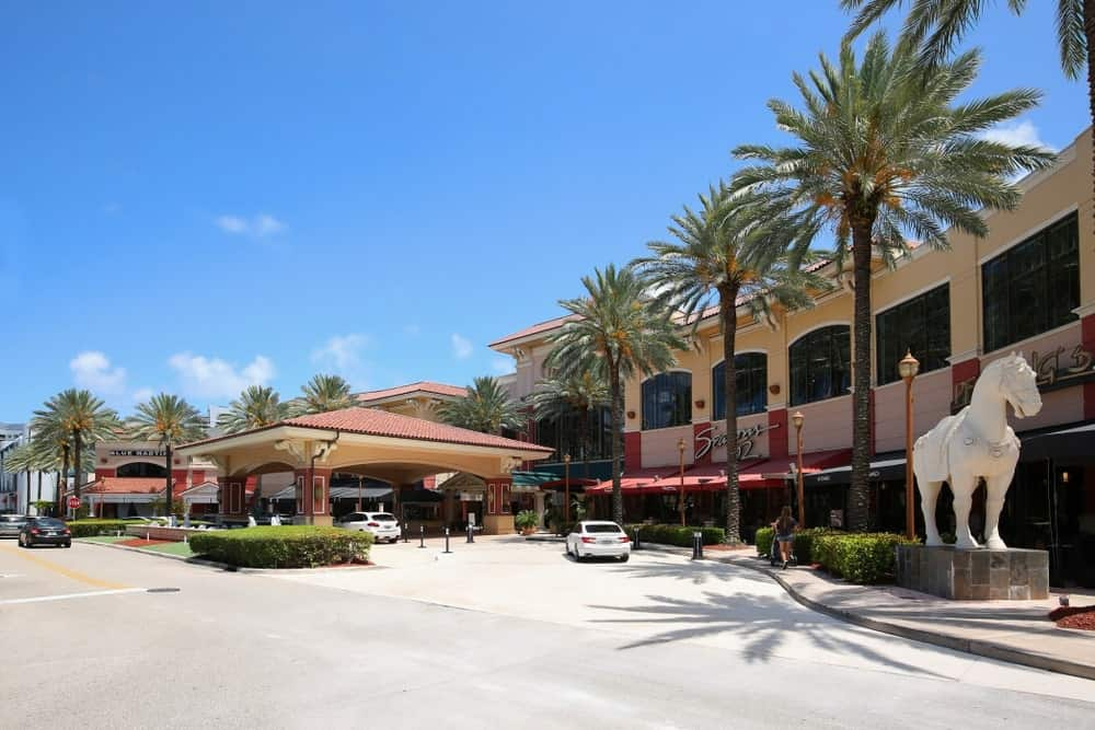 Seasons 52 at the Galleria Fort Lauderdale, Florida.