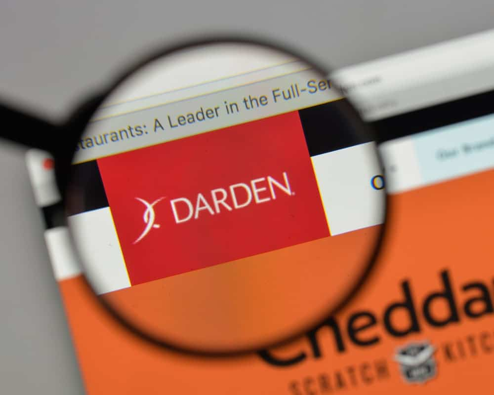 The Darden company logo on screen
