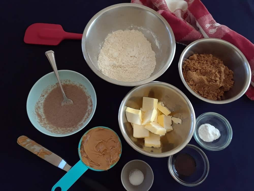 The set of ingredients to be used for the cookies.