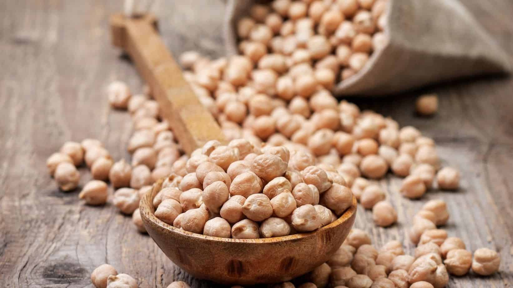 What is the difference between chickpeas and garbanzo beans?